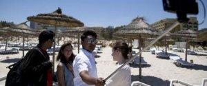 AMRAN HUSSEIN SELFIE TUNISIA