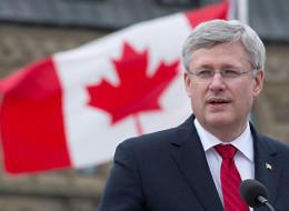 Les politiciens se font voir à la fête du Canada