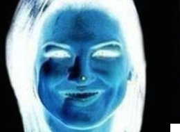 This Optical Illusion Is Frankly Both Frightening And Odd