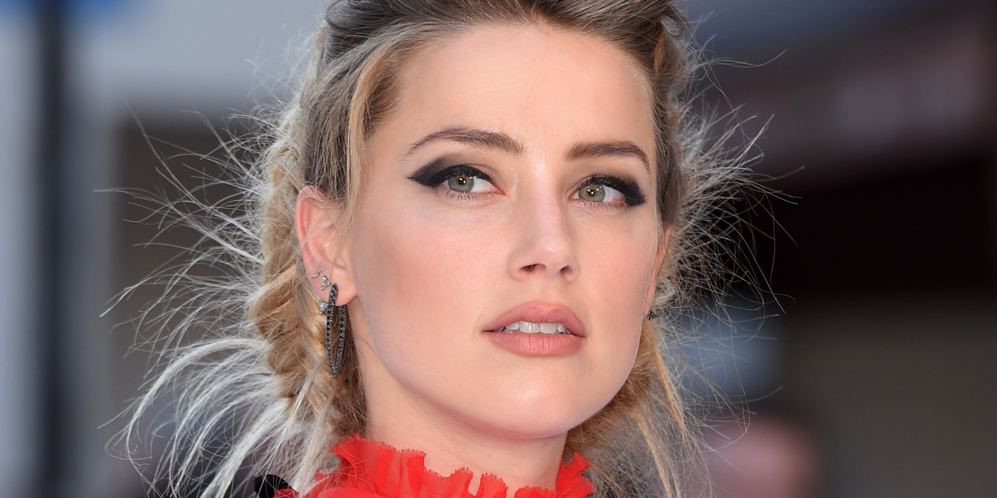 Amber Heard Amber Heard Stuns In Flowing Red Dress At 'Magic Mike XXL' Premiere |  HuffPost