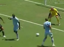 Mario Balotelli Failed Backheel