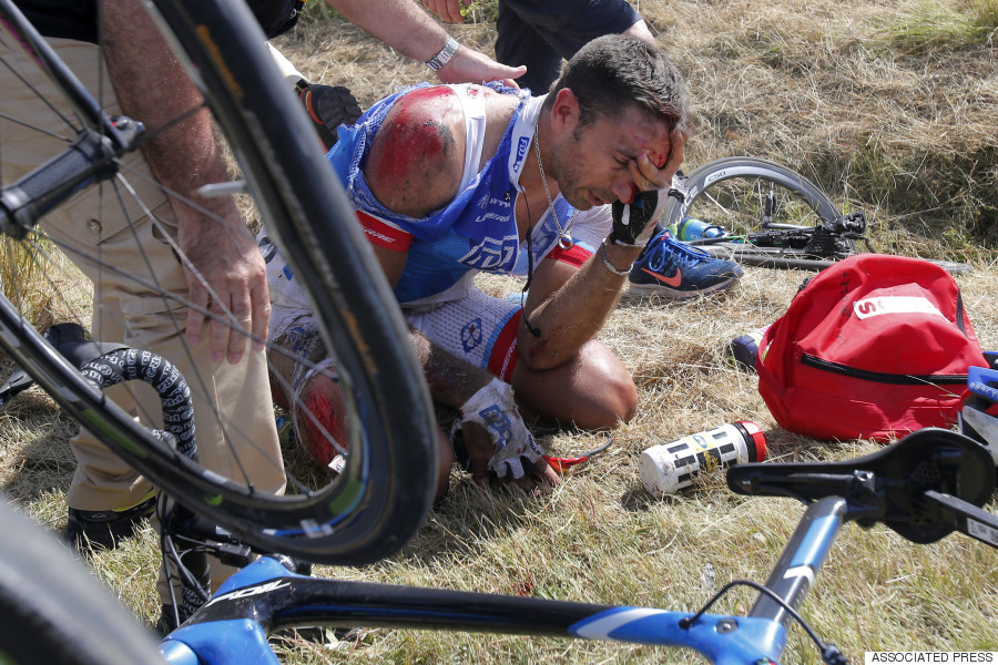 tour de france crash