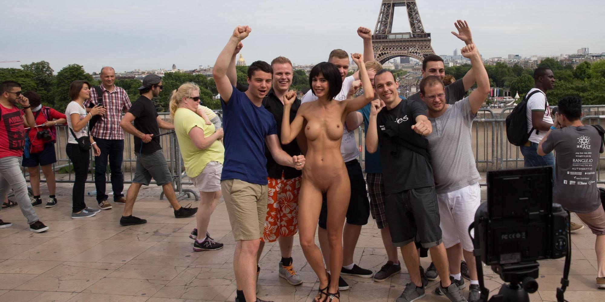 Снимают порно в париже 4 фотография