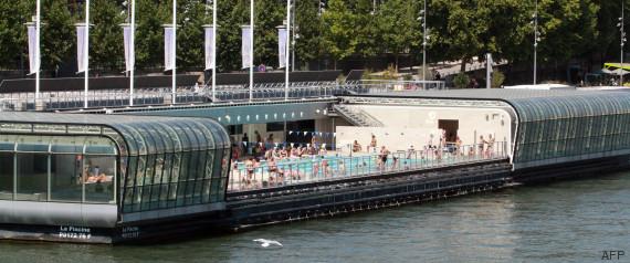 Se baigner dans la seine le serpent de mer parisien for Piscine josephine baker