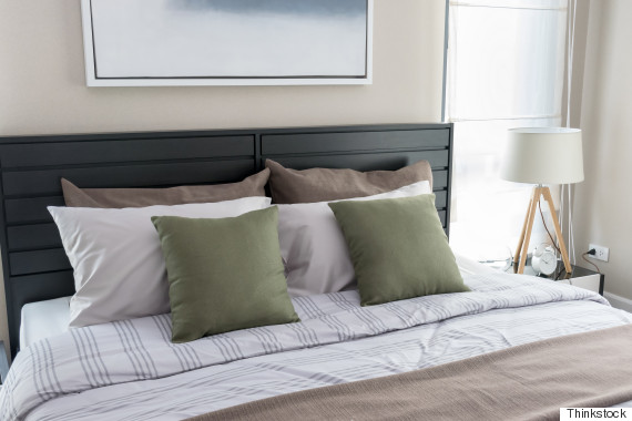 warm cozy. Nate Berkus Shares His Secret To Making A Truly Beautiful Bed