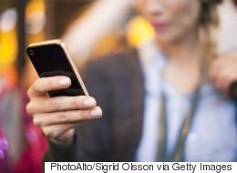 23 σημάδια που δείχνουν ότι έχετε υγιή σχέση με το κινητό σας