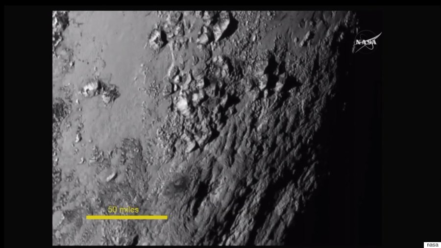pluto new up close mountains
