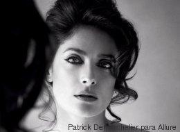 Salma Hayek posa 'topless' para la revista Allure