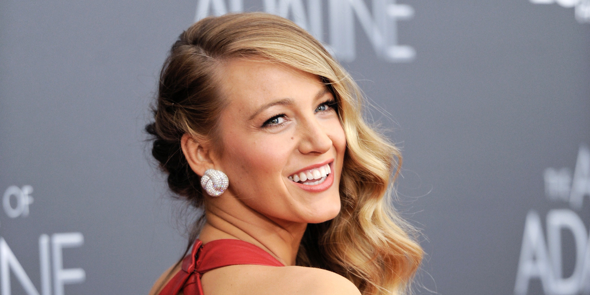 Blake Lively Instagram: Actress Proves She's A ... Blake Lively Facebook