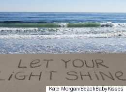 These 8 Signs In The Sand Remind Us To Dream Big