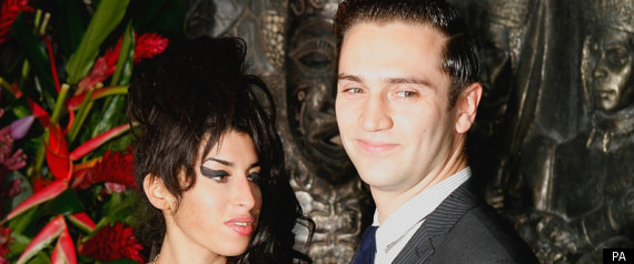 AMY WINEHOUSE REG TRAVISS