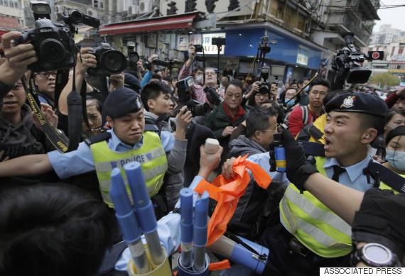 hong kong protest border