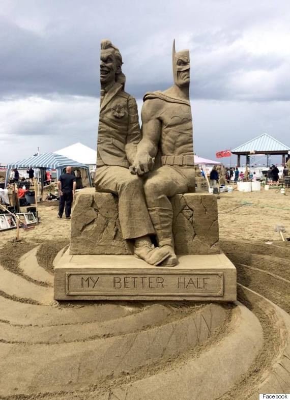 batman sand sculpture