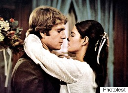 Here's The Real Reason Behind Ali MacGraw And Ryan O'Neal's Intense Chemistry