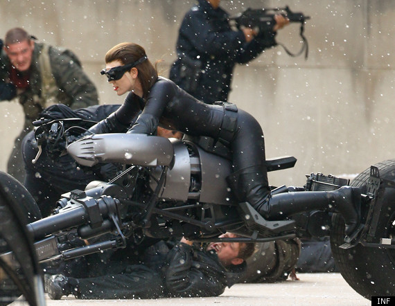 pics of anne hathaway as catwoman. Anne Hathaway: Selina Kyle Catwoman Pic For #39;The Dark Knight Rises#39;