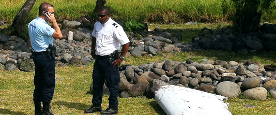 DEBRIS REUNION MH370