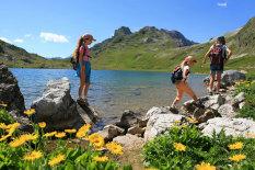 Urlaub in den Bergen  Bild: Fotolia/Philippe Devanne