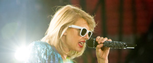 TAYLOR SWIFT VANCOUVER