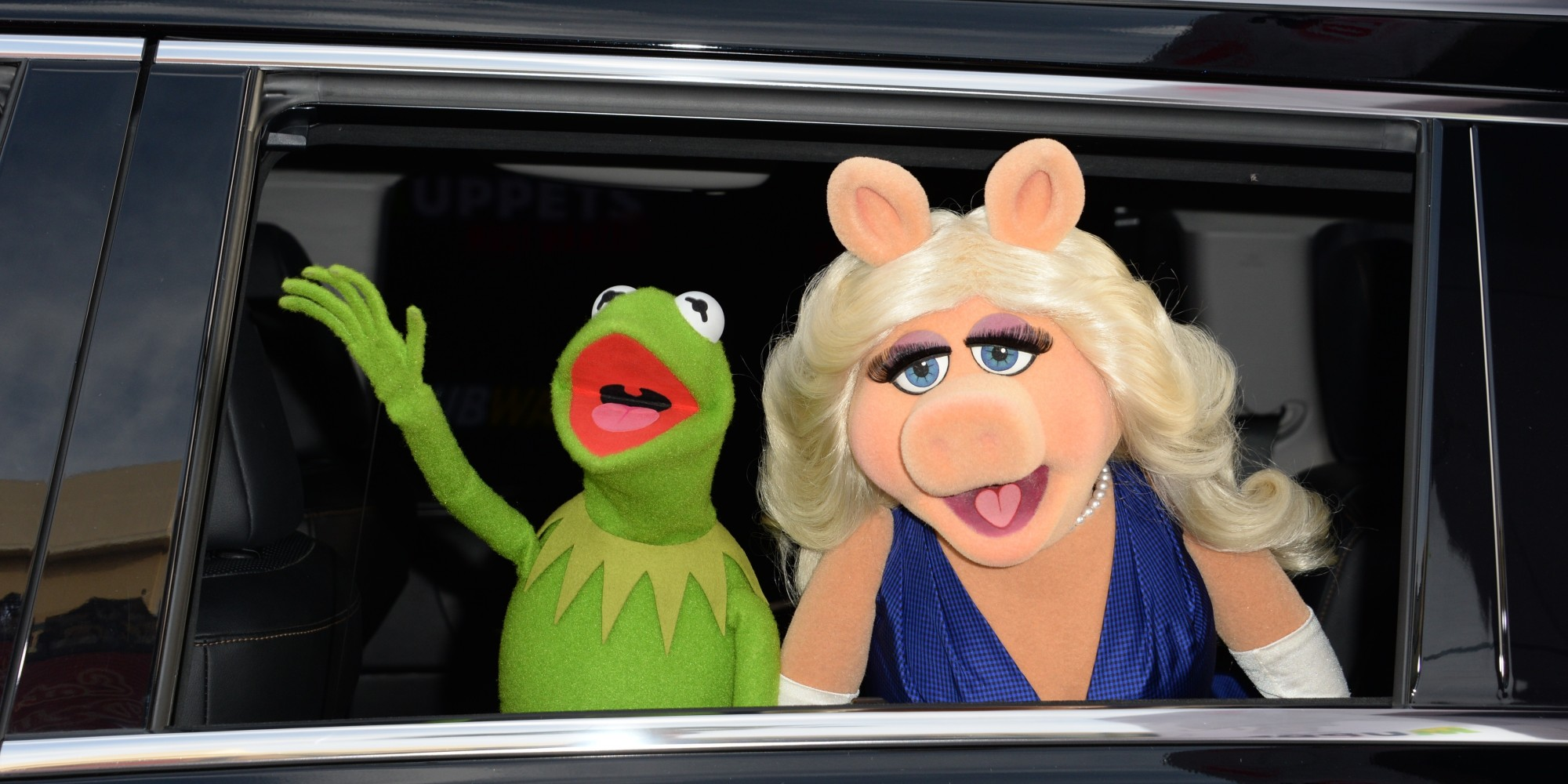 kermit la grenouille et peggy la cochonne annoncent leur s paration. Black Bedroom Furniture Sets. Home Design Ideas