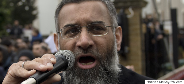 Controversial Hate Preacher Anjem Choudary Charged With Supporting Isis