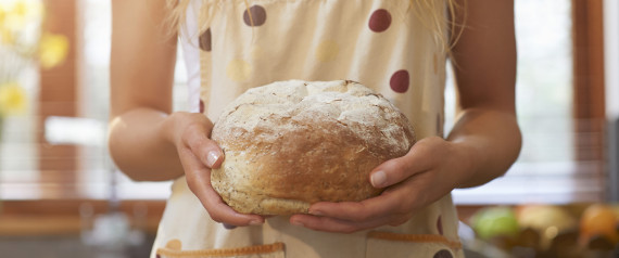 WOMAN WHITE BREAD