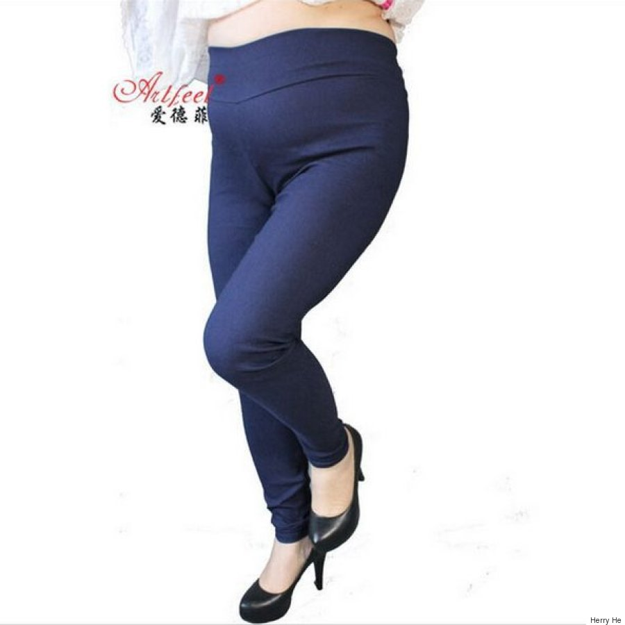 Plus-Size Legging Ad Uses Small Model In One Pant Leg
