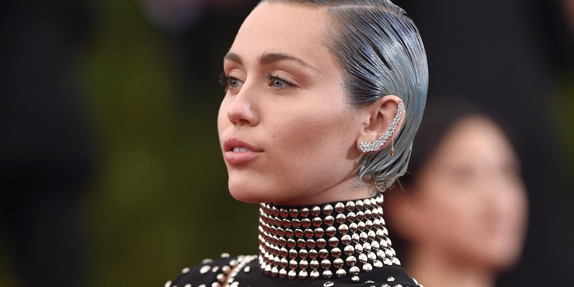 Miley Cyrus: Miley Cyrus Slams Taylor Swift's 'Bad Blood' Video