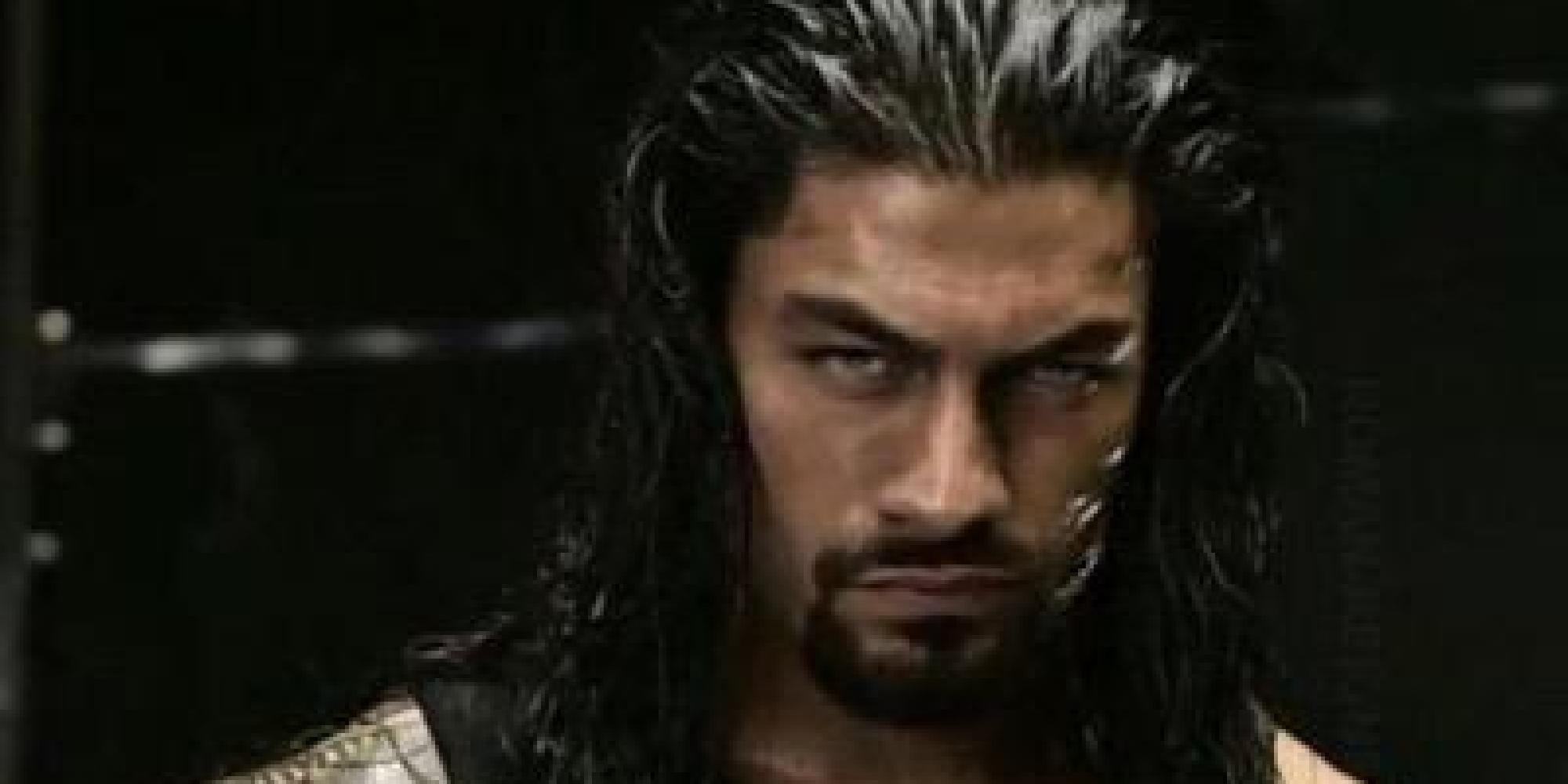 Roman Reigns Hit In The Head By Fan's 'Money In The Bank' Briefcase In ...