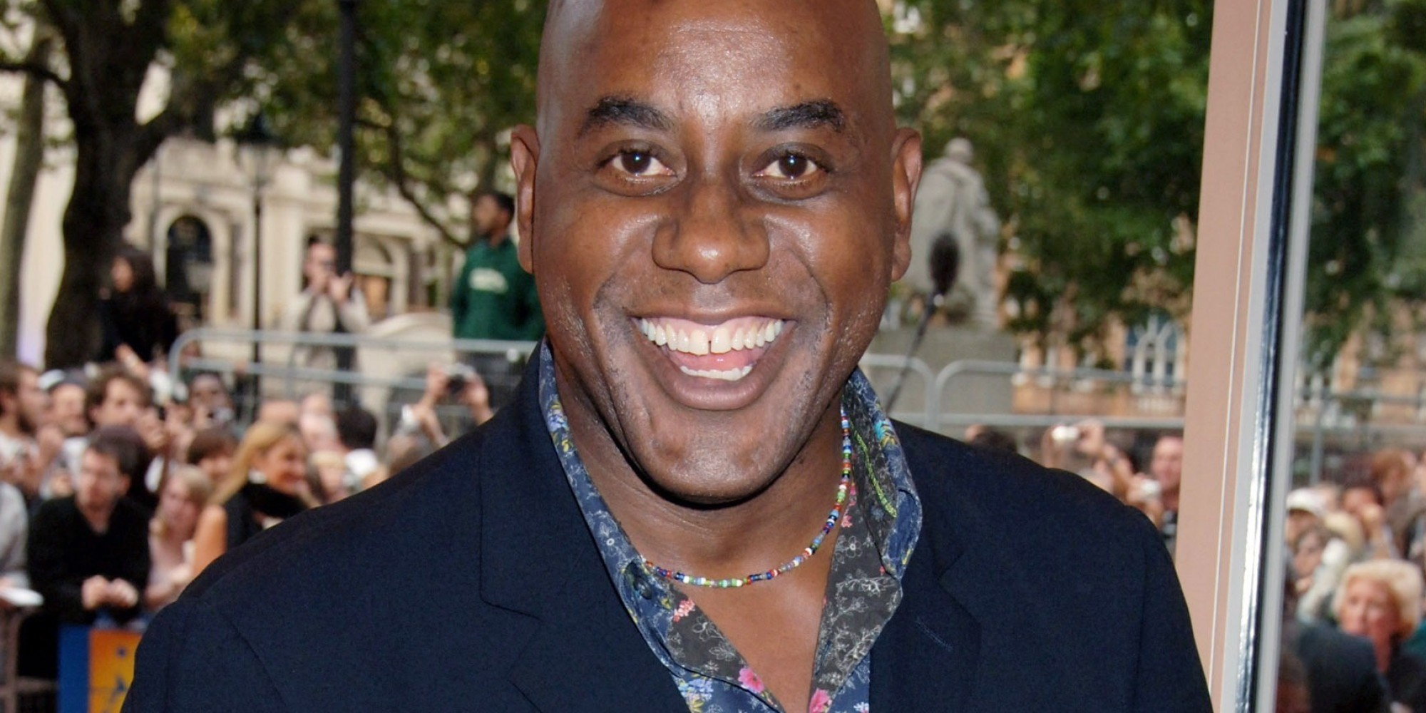ainsley harriott A celebrity chef ainsley harriot has presented and featured in a wealth of relality cooking shows, including ready steady cook he is currently starring in strictly come dancing.