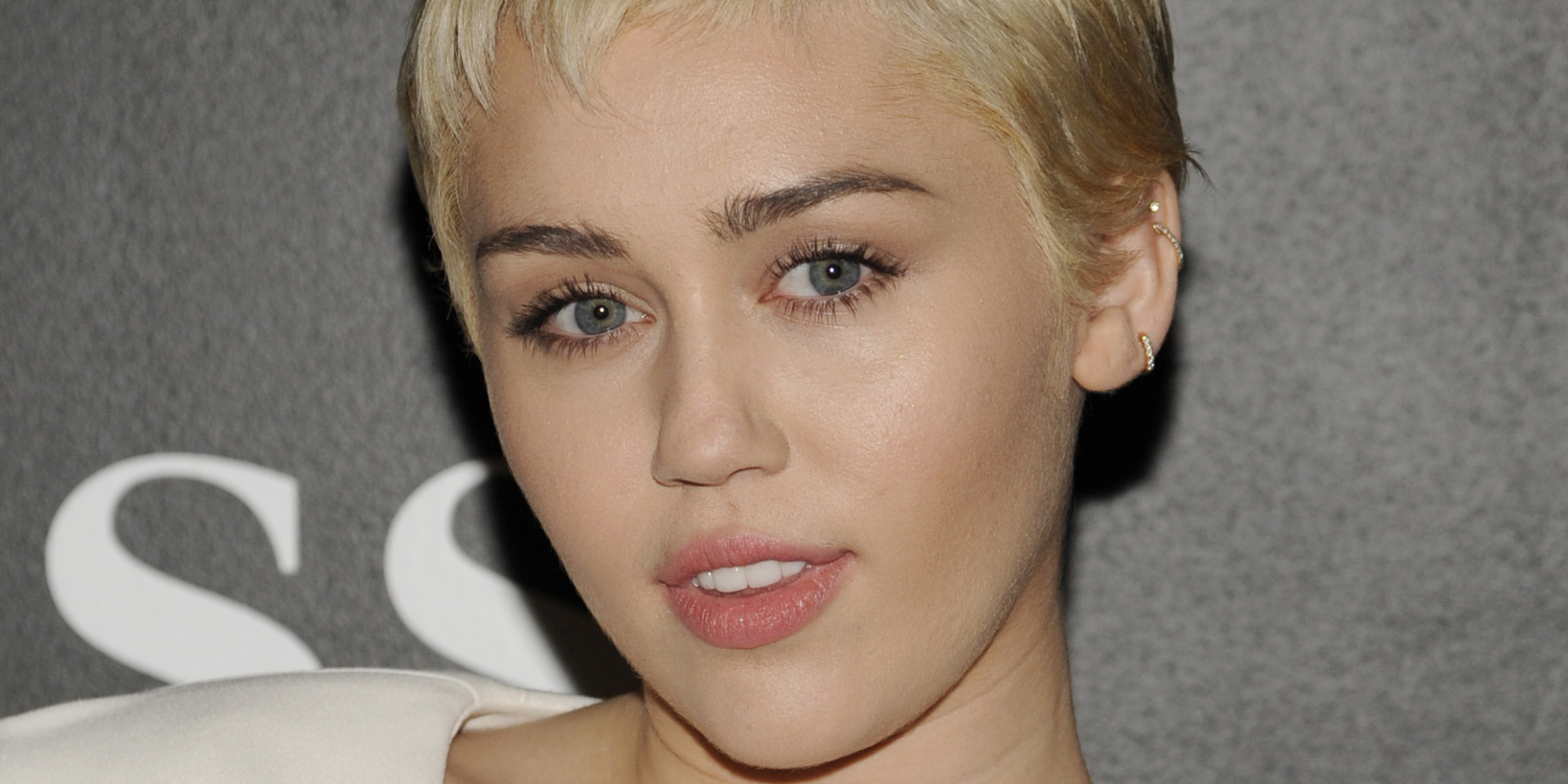Miley Cyrus Opens Up About Body Image Issues And Anxiety: 'I Was ...