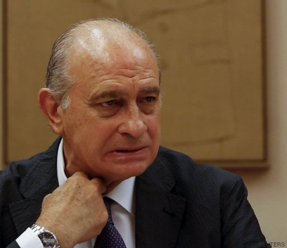 Te crees las explicaciones de fern ndez d az sobre su for Escuchas del ministro del interior