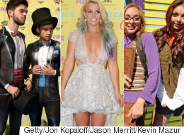 Who Were Best And Worst Dressed At The Teen Choice Awards?
