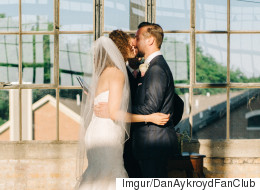 Bridesmaid Faints At Brother's Wedding, Ruins 'First Kiss' Photo
