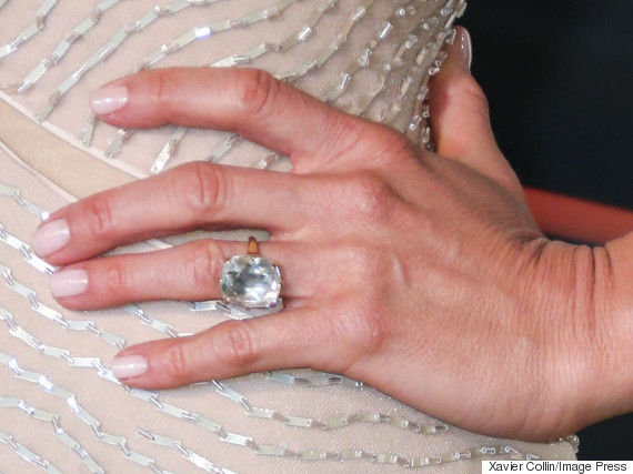 Celebrity Engagement Rings Jennifer Anistons Giant Rock Is No