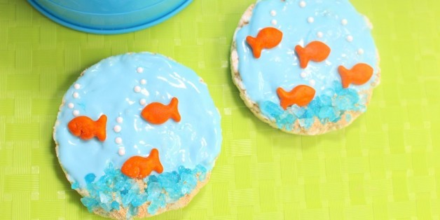 6 summer fun crafts for you and your little fishes huffpost for Summer fish and rice