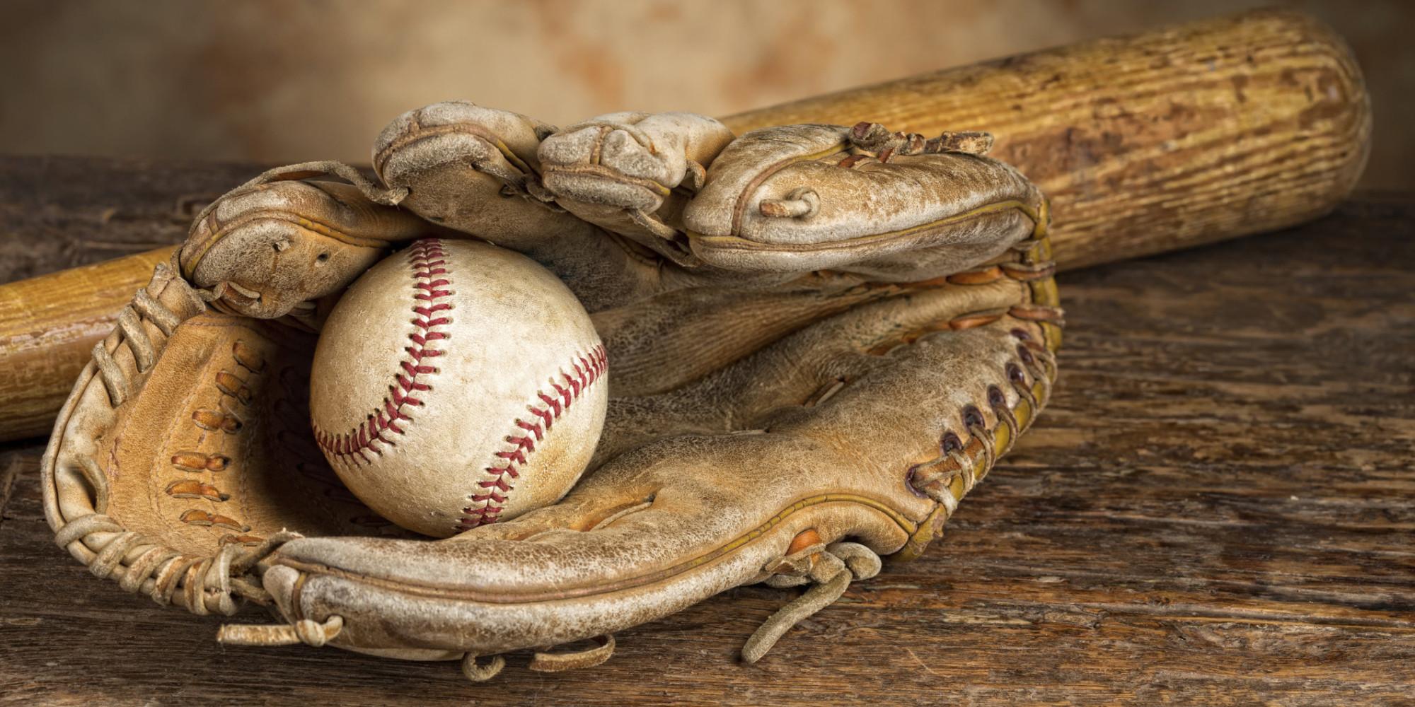 O-baseball-glove-facebook