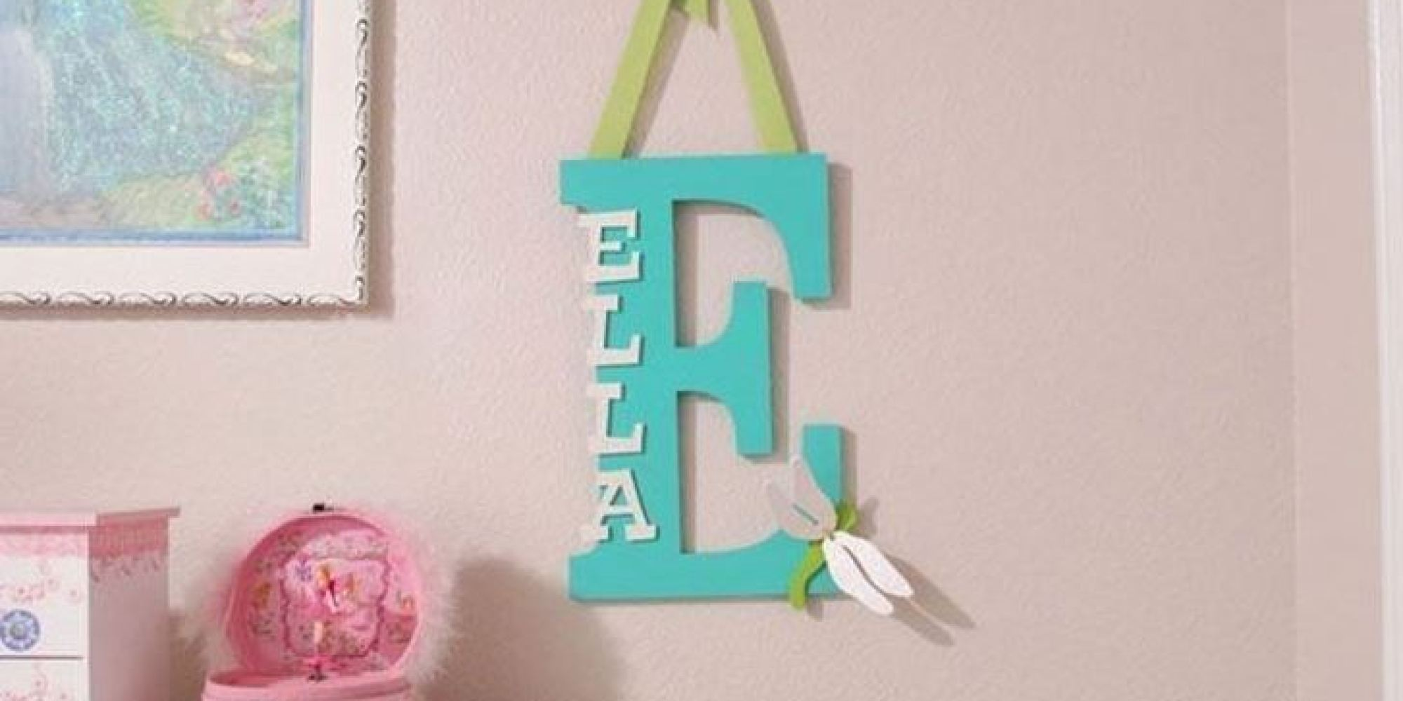 Baby name decor 15 ways to personalize your baby 39 s nursery for Baby name decoration