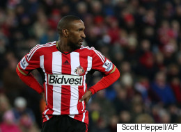 Jermain Defoe's Ad For £50,000 PA Shows He Needs Help With Just About Everything