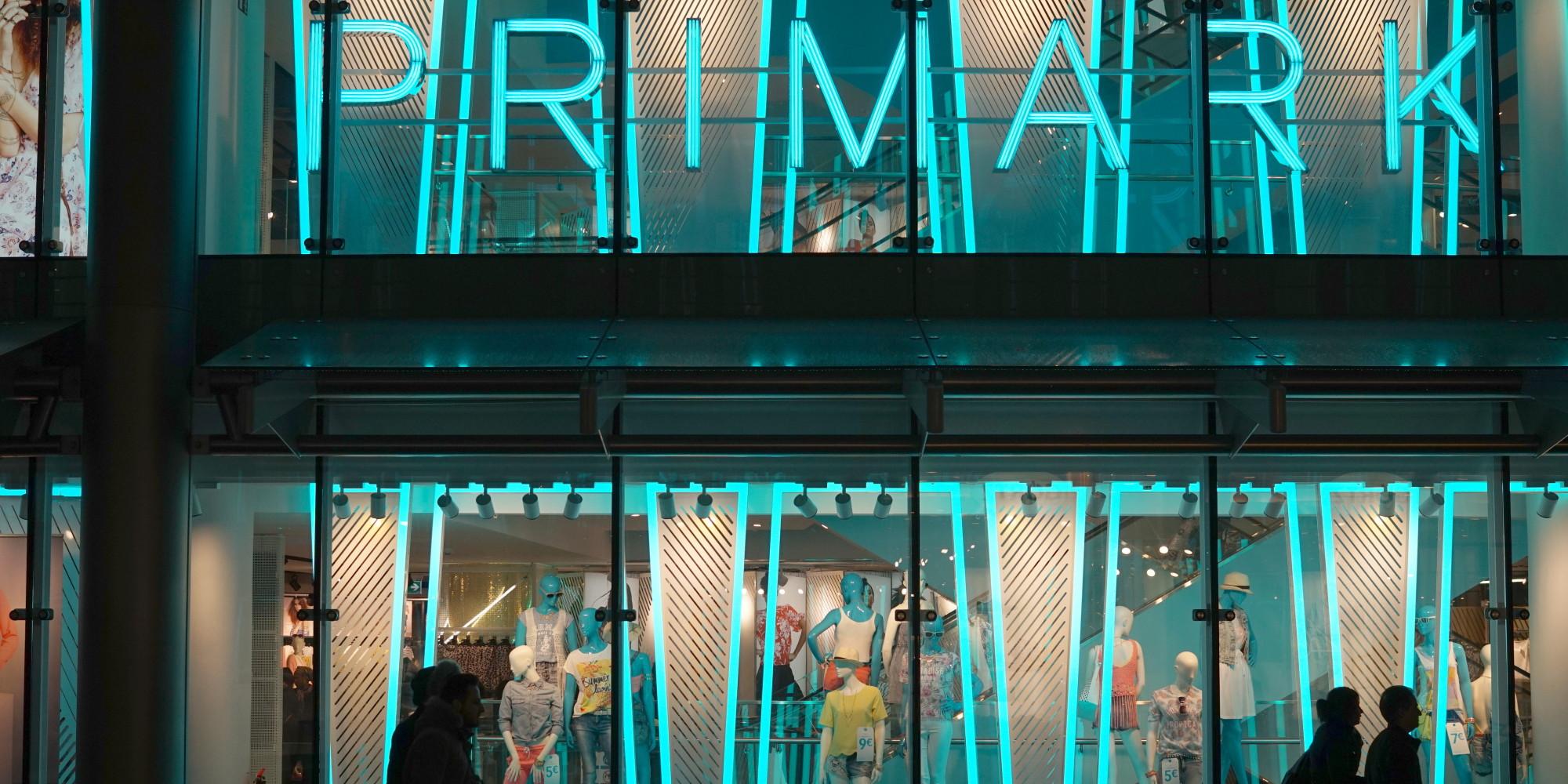 primark ad arese milano estate 2016 apre il negozio della catena londinese di abbigliamento. Black Bedroom Furniture Sets. Home Design Ideas
