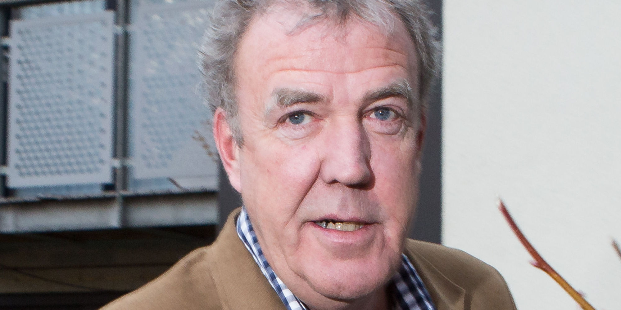 jeremy clarkson to earn ten times his bbc 39 top gear 39 salary with new amazon prime deal worth 10. Black Bedroom Furniture Sets. Home Design Ideas