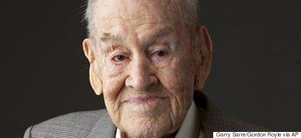 'Great Escape' Survivor Dies Aged 101