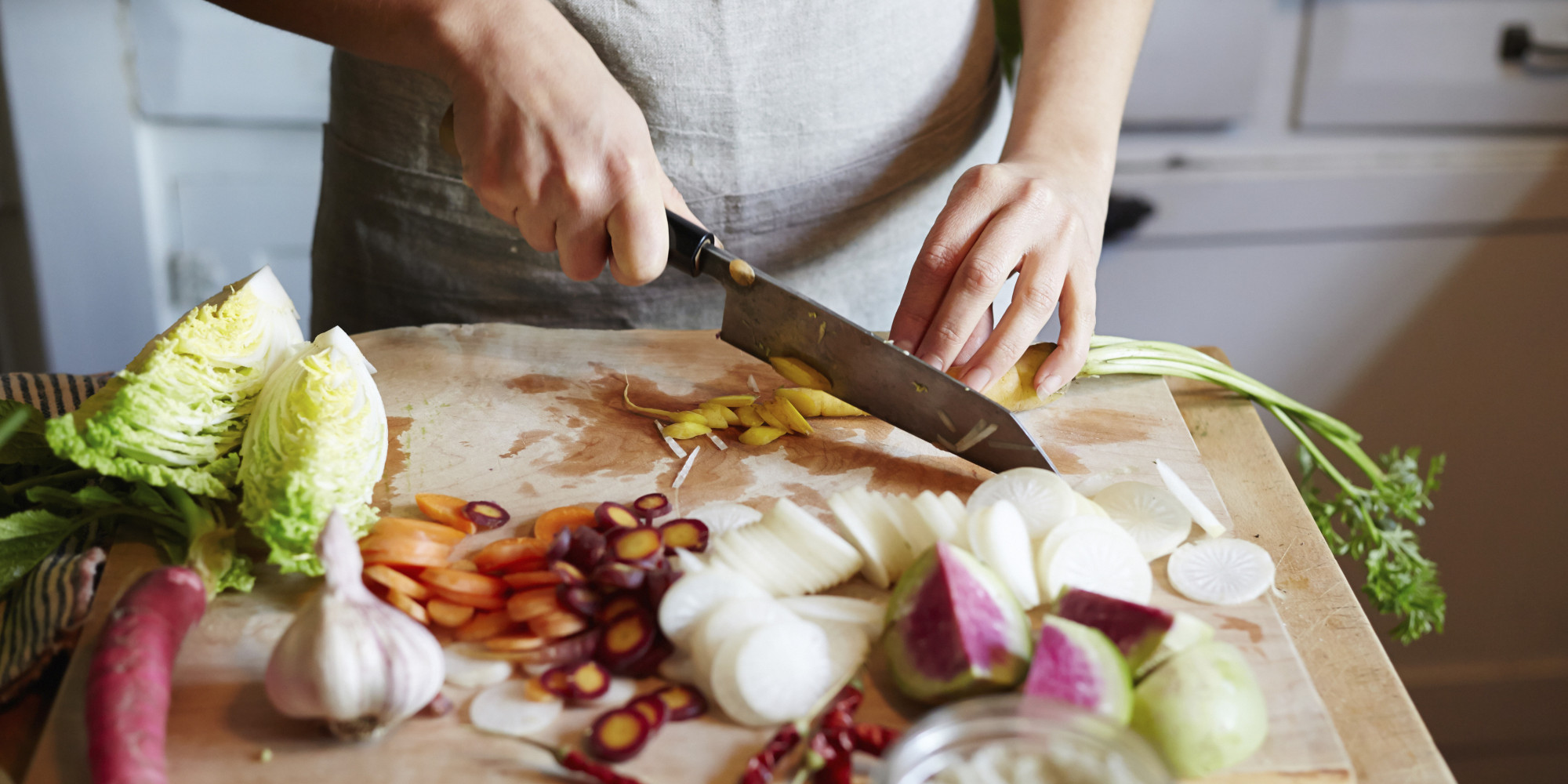 10 ways to get rid of pesky cooking smells | huffpost