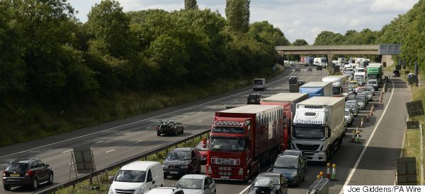 28 'Illegal Immigrants' Found And Arrested In M25 Lorry