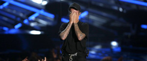 JUSTIN BIEBER CRIES VMAS