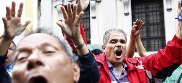 GUATEMALA FESTEJA: RETIRAN INMUNIDAD AL PRESIDENTE