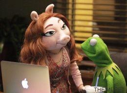 ¿Qué hay entre la rana Gustavo y Denise?