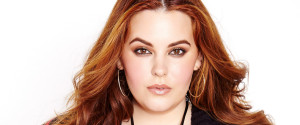 TESS HOLLIDAY ADDITION ELLE