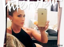 J. Lo se toma sexy 'selfie' para la portada de Interview