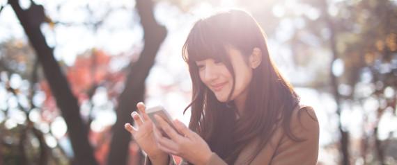 Γιατί δεν πρέπει να φορτίζετε το iPhone όλο το βράδυ και άλλα 10 λάθη που κάνετε με το κινητό σας
