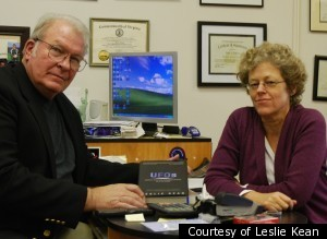 s LESLIE KEAN large300 Watch UFOs: Generals, Pilots and Government Officials Go On The Record